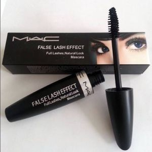 2 new Mac mascara ( black )